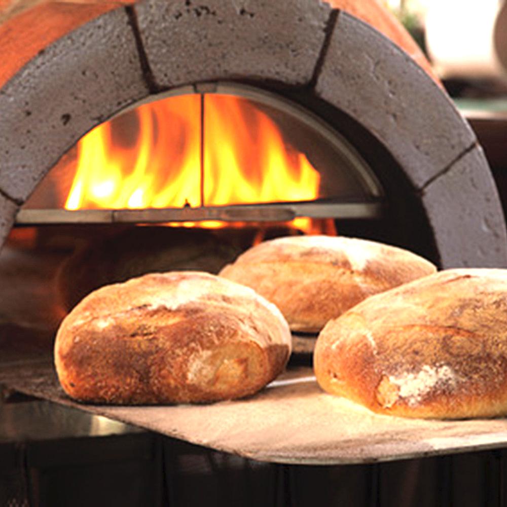 石窯とパン